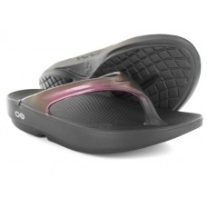 Oofos OOlala Sandals - Cabernet